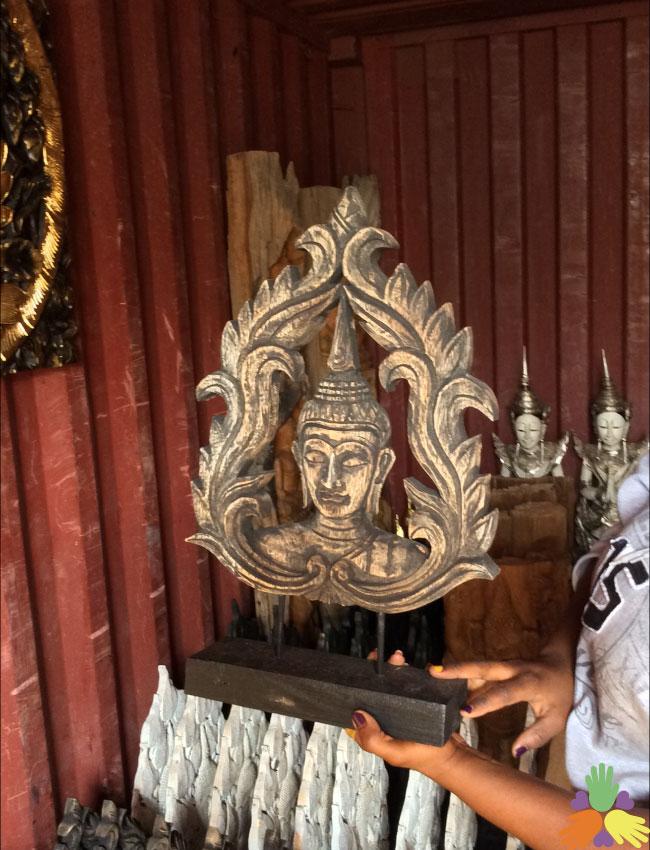 Buddha Face in Bai Pao